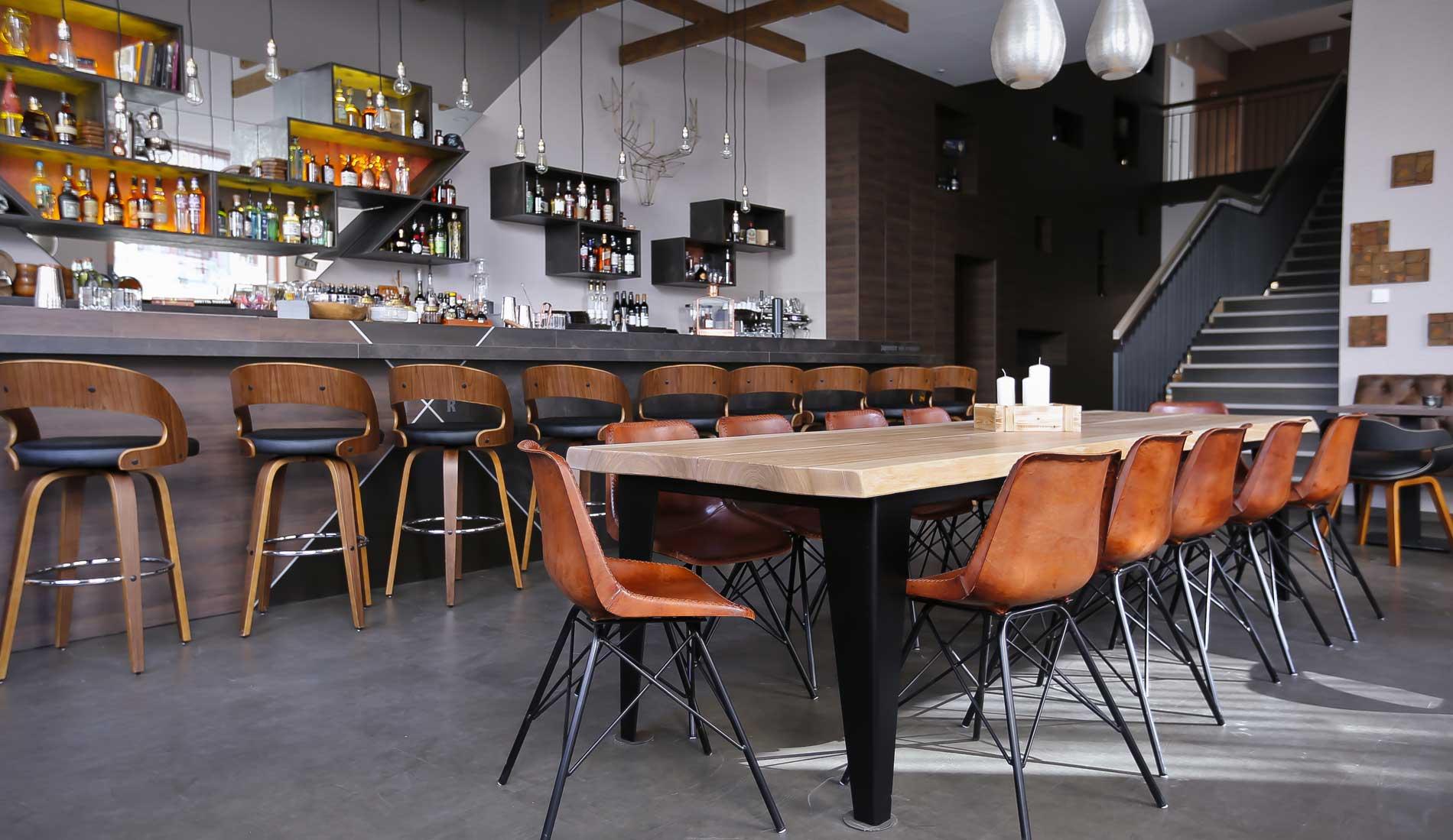 Bar & Restaurant | IMPERII